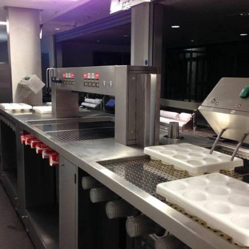Commercial kitchen drinks dispenser